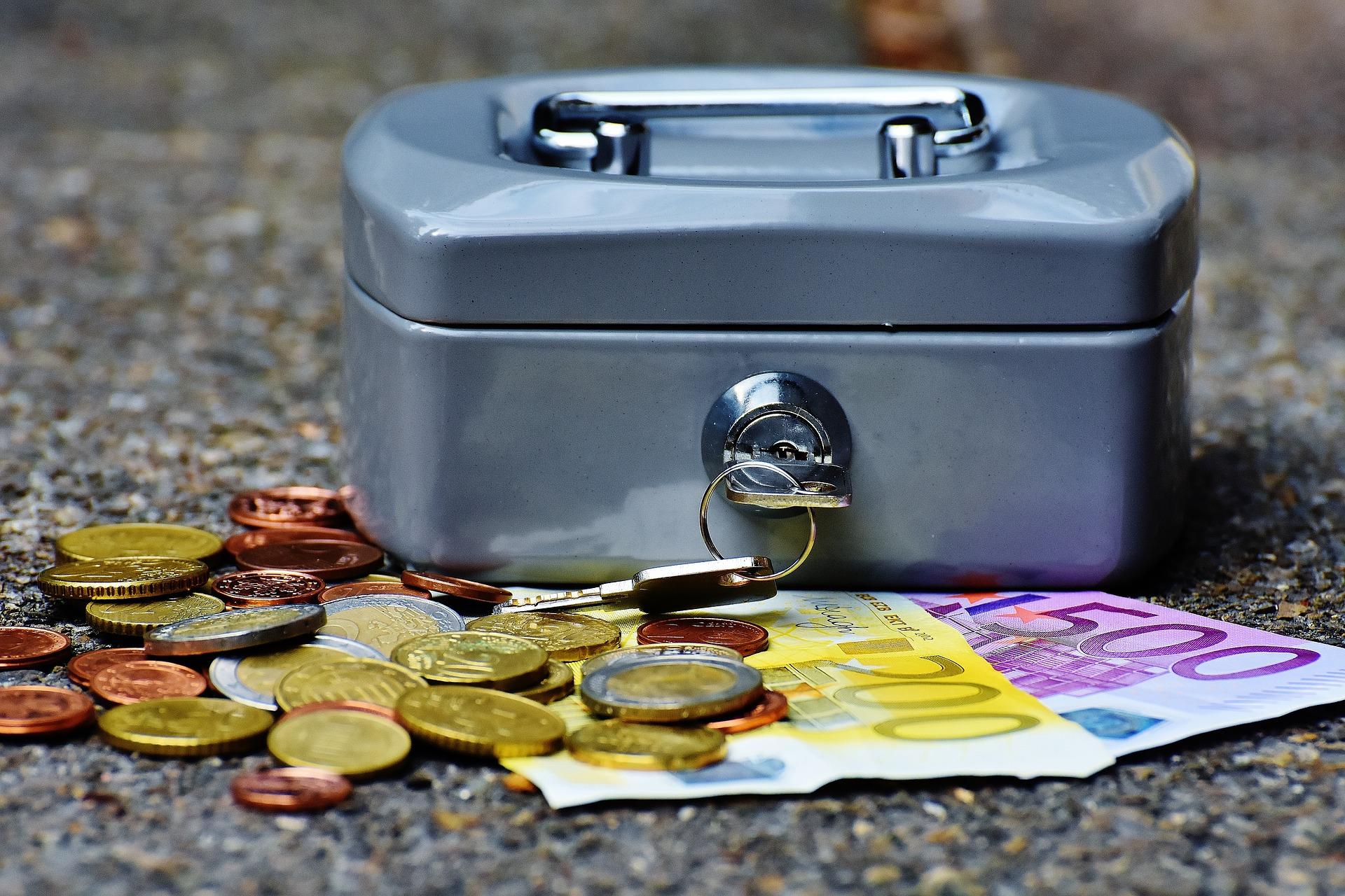 Raus aus der Negativspirale! Geld verdienen, wie Du es verdienst!